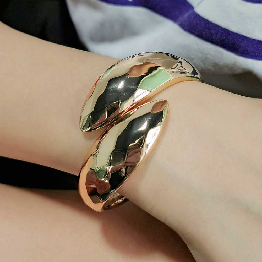 African gold stretch bangle