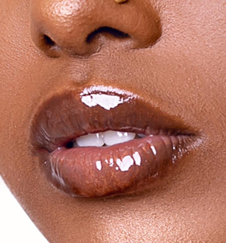 Her Majesty Vanessa Lips Makeup